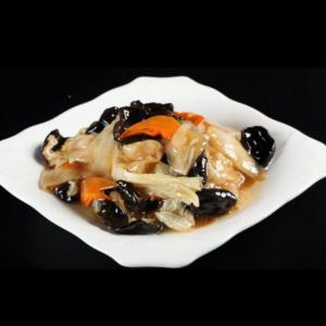 醋熘白菜呛木耳 Chou chinois sauté avec champignon noir (cout salé, aigre-doux)