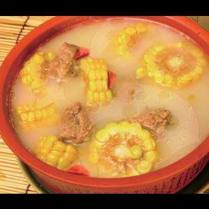 玉米排骨煲 Marmite des travers du porc avec mais
