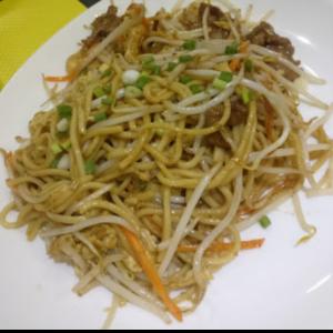 牛肉炒拉面 Nouille sauté au bœuf