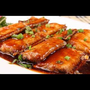 红烧带鱼 Poisson trichuire avec sauce aigre doux