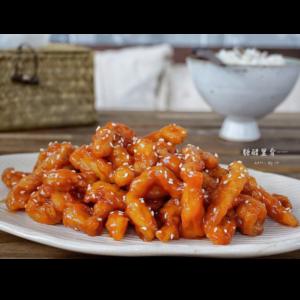 糖醋里脊 Porc frites avec la sauce aigre-douce
