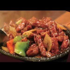 黑椒牛柳 Les émincés de bœuf sauté au poivre noir
